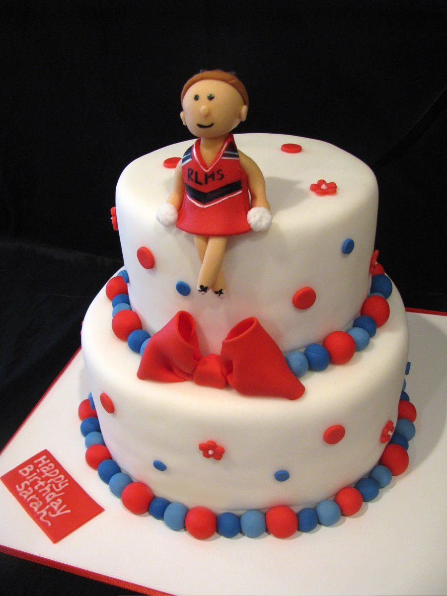 Sarahs Cheerleader Birthday Cake Thecouturecakery
