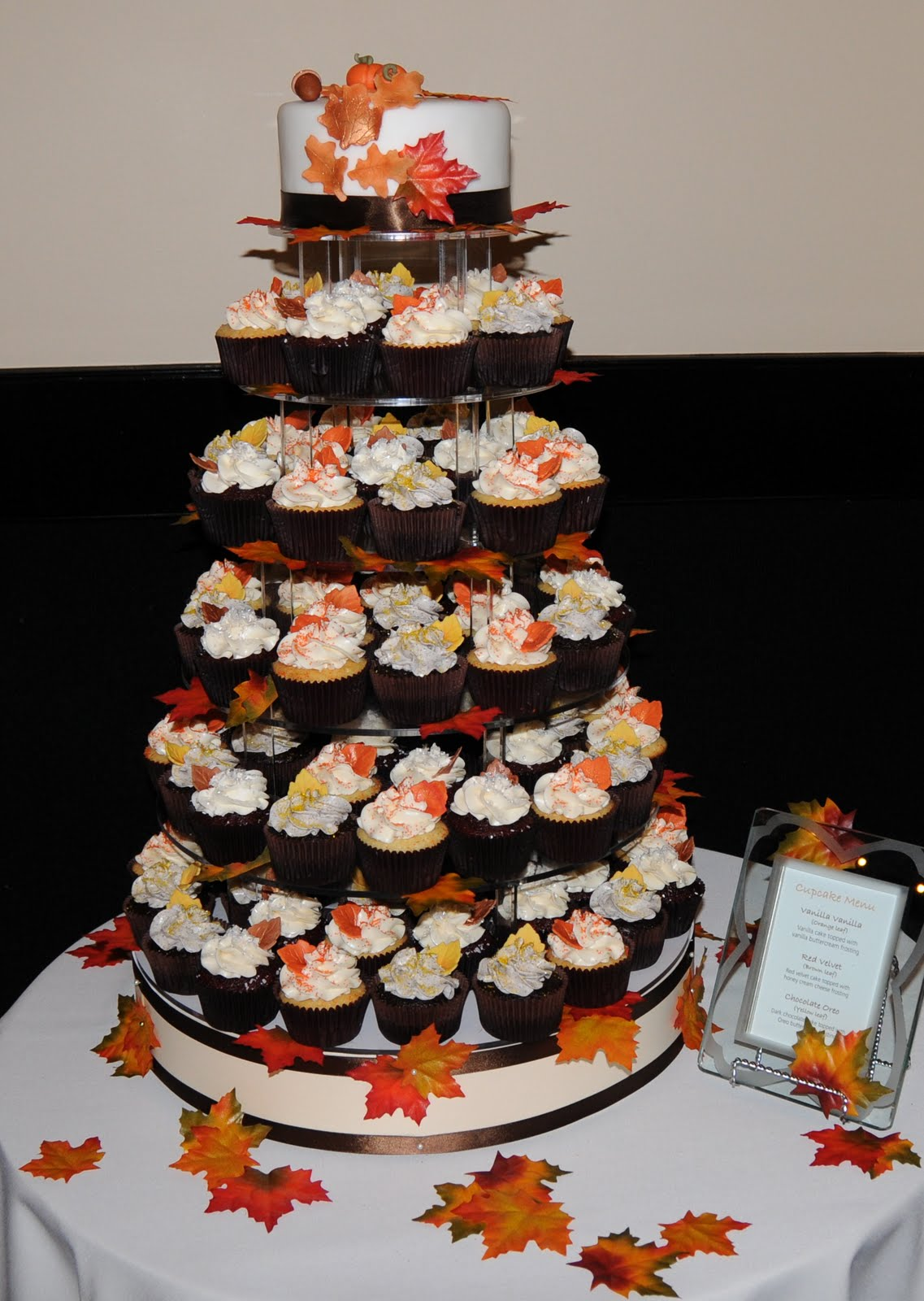 fall wedding cakes with cupcakes october 2009 thecouturecakery 14171
