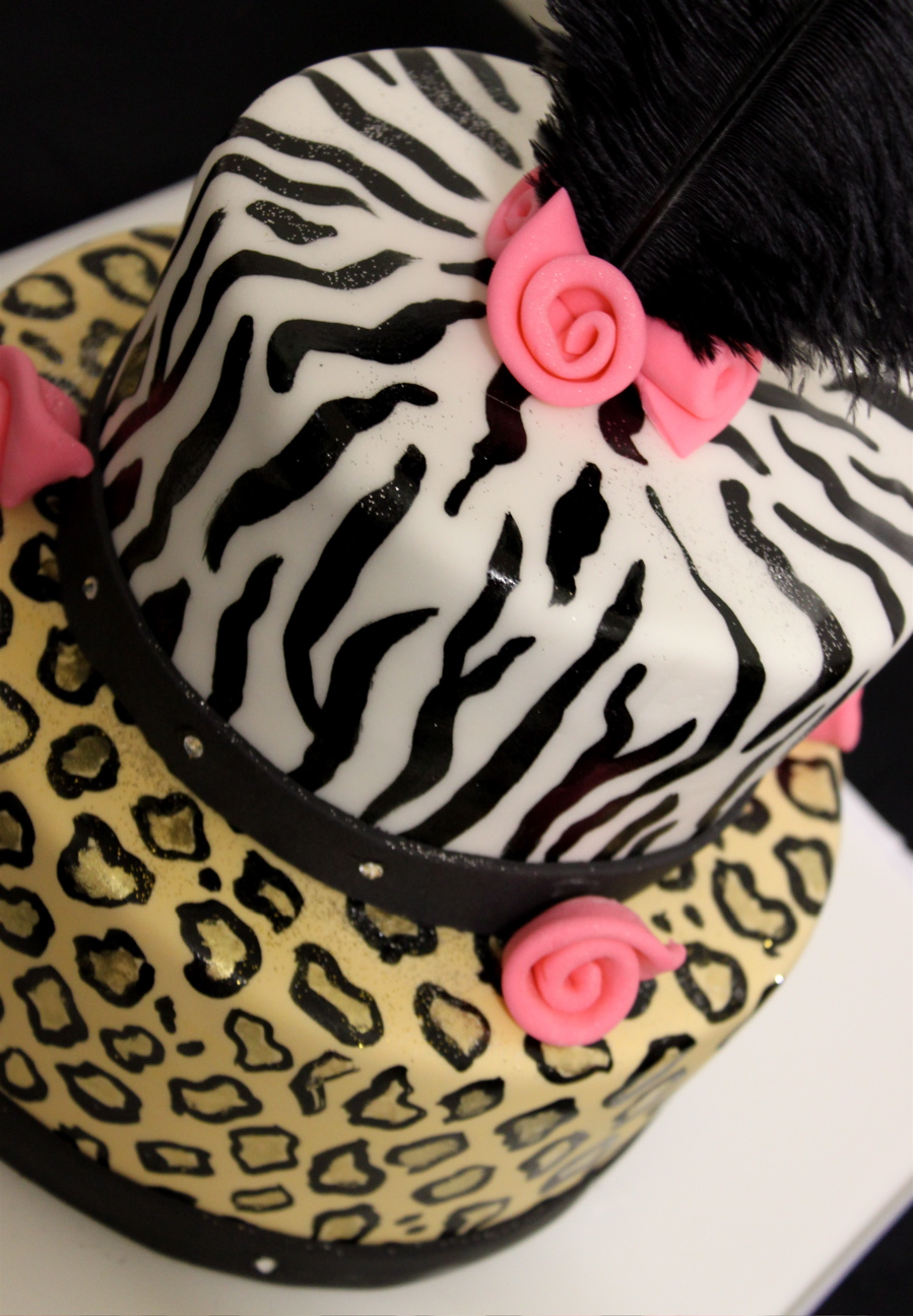 Animal Print Cake Pictures : Fashionista Birthday Cake thecouturecakery